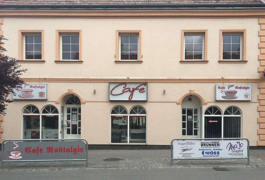 Cafe Eingang Vorne